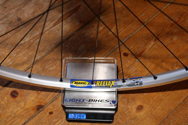 Mavic Reflex - Novatec Superlight - DT Revos - Alu rear